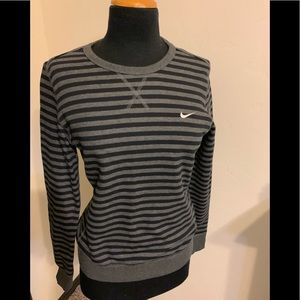 Women's Nike sweatshirt black and gray medium